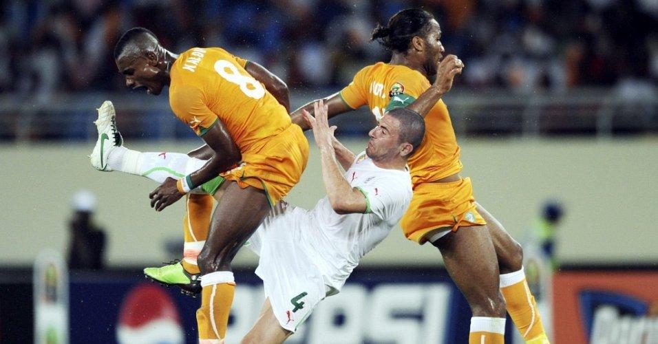 Jogo da seleção da Costa do Marfim contra a seleção da Argélia pela Copa Africana de Nações