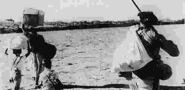 """Cena do filme """"Vidas Secas"""" (1963), dirigido por Nelson Pereira dos Santos - Reprodução - Reprodução"""