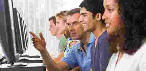 Vagas em instituições públicas para graduação a distãncia devem crescer no país, diz Capes - Thinkstock