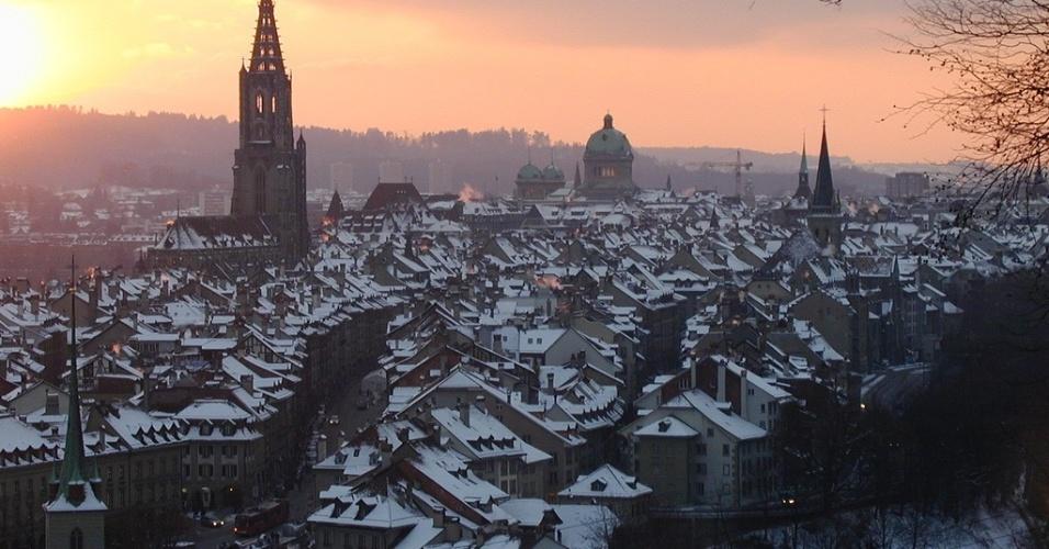 Nascer do sol em Berna, durante o inverno