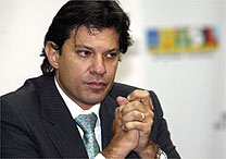Alan Marques / Folha Imagem